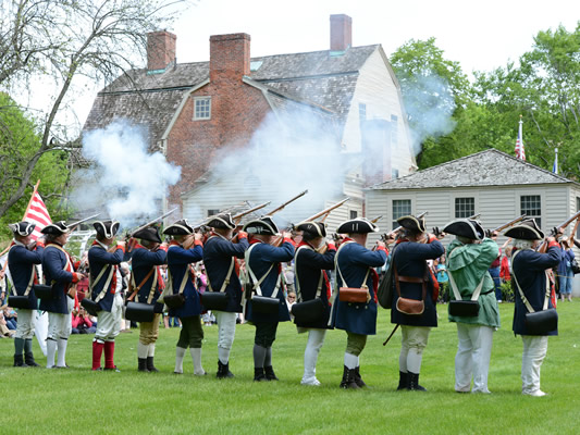 Revolutionary War re-enactment at Webb Deane Stevens Museum